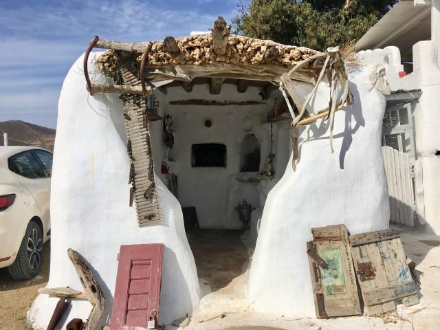 mykonos hut