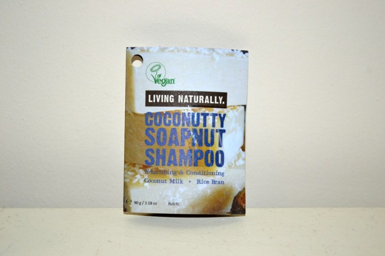 coconutty soapnut shampoo bar