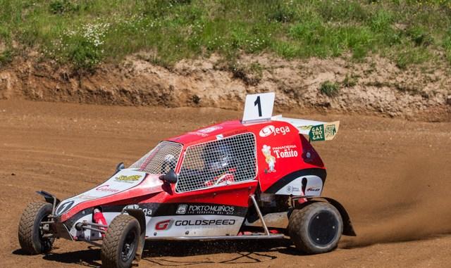 AntonMuinhos OCastro Final 01