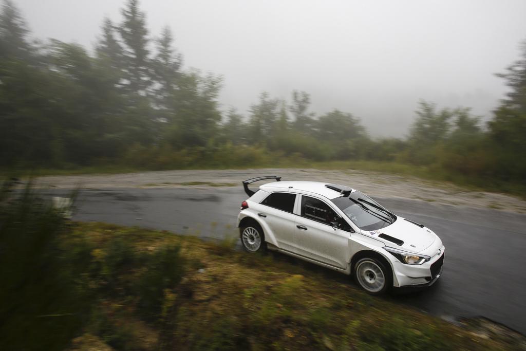 Hyundai Motorsport reúne a jóvenes estrellas de los rallies para un test en Francia