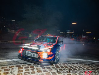 Neuville en el Rally Legend 2019