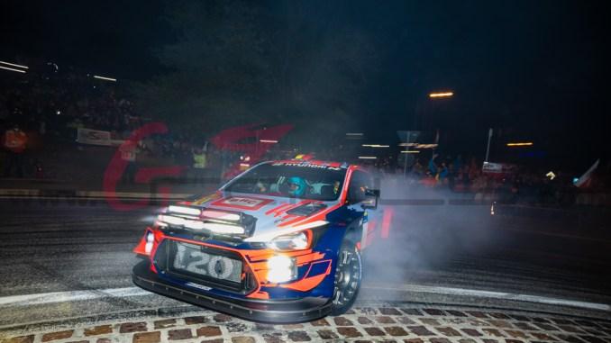Neuville en el Rally Legend 2019