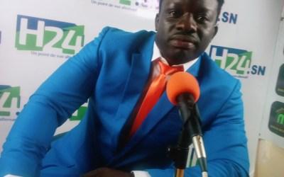 """Zoss tourne le dos à la lutte et s'engage en politique, """"je veux que Idrissa Seck terrasse Macky Sall""""."""