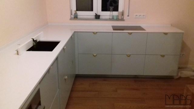 Unterhaching IKEA Küche mit Silestone Arbeitsplatten ...