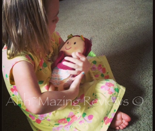 Ahhmazingreviews Com Review Of Habas Lilliputiens Baby Lucy Doll