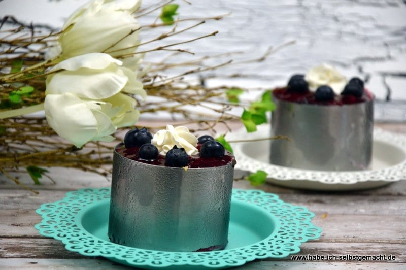 No bake Panna Cotta Windbeutel Torte