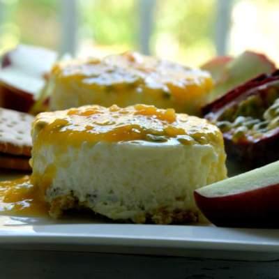 Pfirsich Maracuja Joghurt Törtchen mit Schokokeksboden