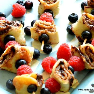 Fingerfood: Crêpe Spießchen süß oder herzhaft
