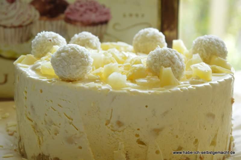 Raffaello Eistorte mit Ananas
