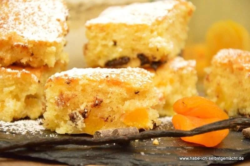 Schoko Macadamia Aprikosen Schnitten