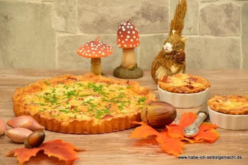 Zwiebelkuchen mit Gorgonzola und Parma Schinken