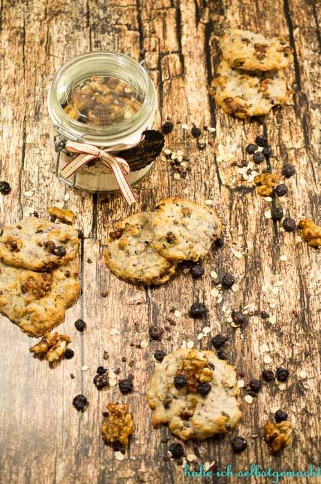 Backmischung für vegane Walnuss Blaubeer Cookies