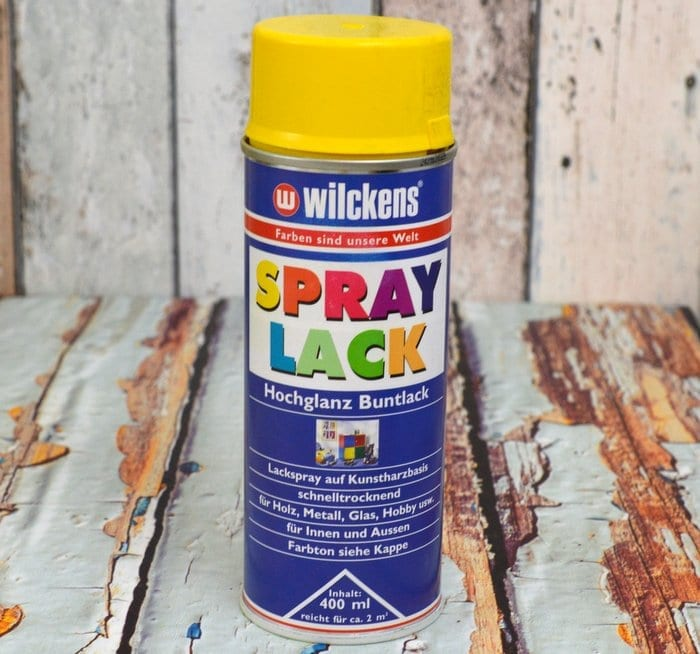 Gelber Spray Lack