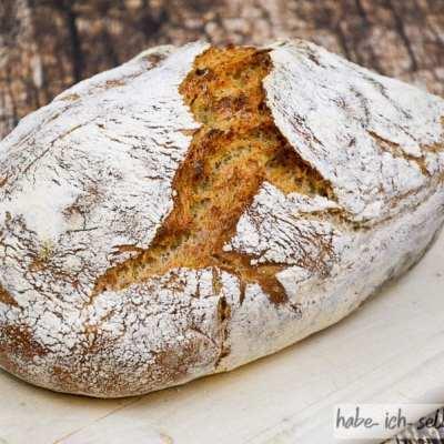 Brot #6 Bio Weizenbrot aus dem Römertopf