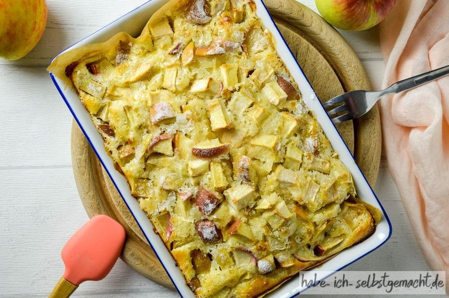 Herbstlicher Blitzkuchen mit Äpfeln