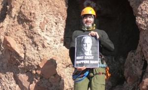 Türk dağcı kulübü Peter R. de Vries için Erciyes'e tırmandı