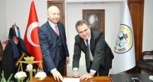 İzmir Barosu'ndan avukatlara mesleki sorumluluk sigortası
