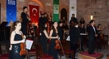 Genç müzisyenlere Bursa'da yoğun ilgi