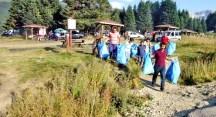 Bursagaz Doğa Kulübü, Uludağ'da çöp topladı