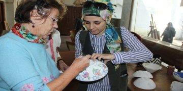 Hamm'dan giden Alman kadınlar Türk el sanatlarını öğreniyor