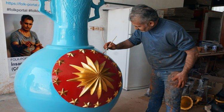 Çömlek sanatçısından 3,5 metrelik vazo