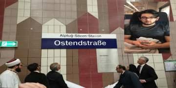 Kahraman Mustafa'nın ismi tramvay durağına verildi