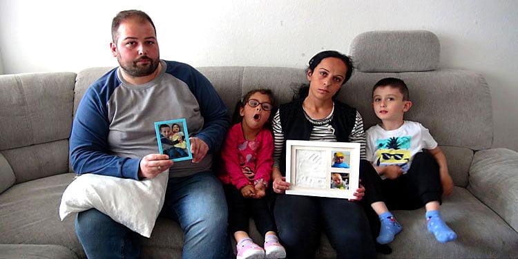 Türk aile bebeklerini geri istiyor