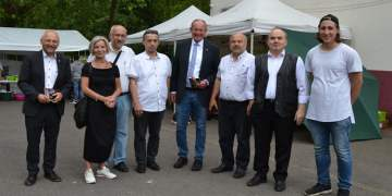 Almanya'da, Göktepe Yayla Şenliği ile memleketlerini tanıttılar.