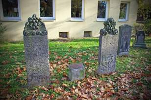 İki Osmanlı Sipahisi 328 yıldır Hannover'de yatıyor