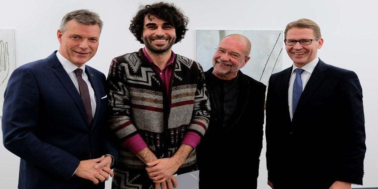 Genç Batı Sanat Ödülü Ressam Ulusoy'un