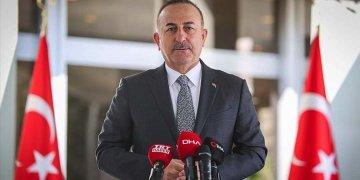 """Çavuşoğlu :""""Yurtdışında 32 Türk koronavirüsten öldü"""""""