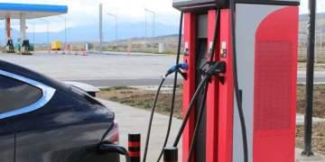 Benzinliklere elektrikli şarj