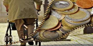 Türkiye'ye 2,17 milyon euro emeklilik maaşı havale edildi