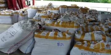 Türk tırından 2 milyona euroya yakın çakma ürün çıktı