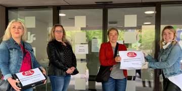 Kadınlardan Saarlouis Valiliği'ne 500 maske bağışı