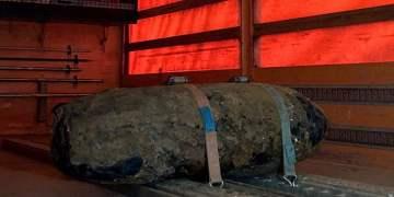 Yarım tonluk bomba imha edildi