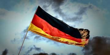 İki Almanya birleşeli 30 yıl oldu