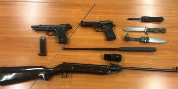 Dortmund'daki evden silah ve uyuşturucu çıktı