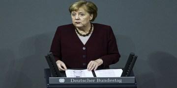 """Merkel : """"Tedbirleri almasaydık, durumumuz tahayyül bile edilemezdi"""""""