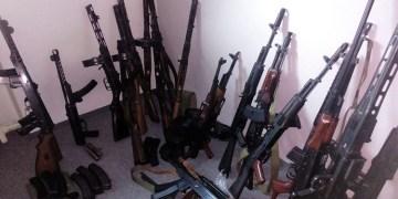 NRW'deki baskınlarda çok sayıda silah bulundu