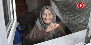 Huriye Teyze 105 yaşında koronayı yendi (VİDEO)