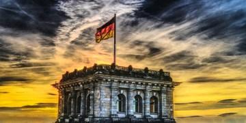 """Alman Meclisinde """"Müslüman karşıtı ırkçılık ve ayrımcılık"""" konulu önerge kabul edilmedi"""