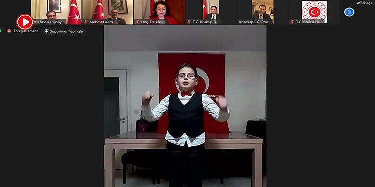 Türkçe dersi alan Belçikalılar İstiklal Marşı'nı okudu (VİDEO)