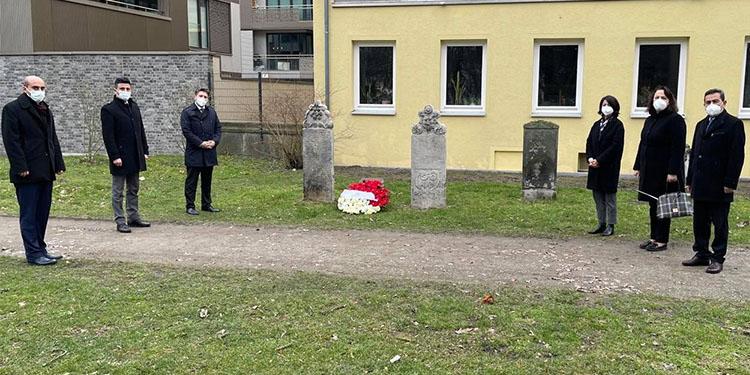 Hannover'de iki Osmanlı Sipahisi mezarı başında anıldı