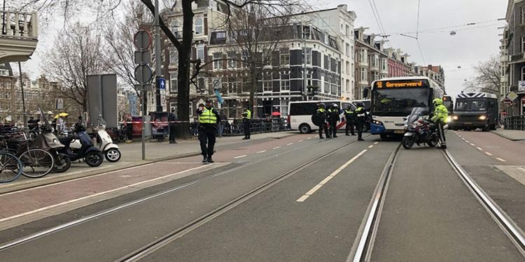 Hollanda'da 5 aşamalı gevşeme planı