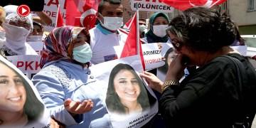 Almanya'da kızı PKK tarafından kaçırılan anne, Diyarbakır annelerini ziyaret etti (VİDEO)