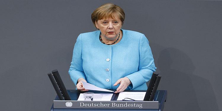 """Merkel: """"Delta varyantı bizi endişelendiriyor"""""""