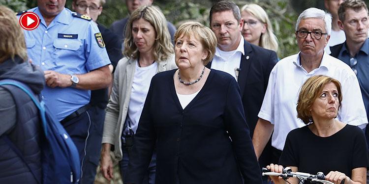 Merkel, selden etkilenen afet bölgesinde incelemelerde bulundu (VİDEO)