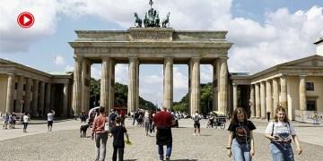 Almanya'da Kovid-19 ile mücadelede aşı olmayanlara yeni zorunluluklar getirildi (VİDEO)