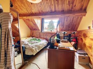 Colocation jeunes travailleurs dans une belle maison